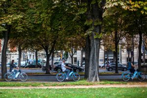 Back on the road: Smart city transportation in the COVID age