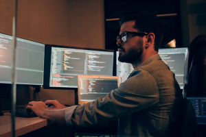 Dark Market report exposes SMS bombing and Hacker University